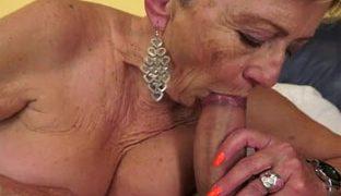 Heisser Geschlechtsverkehr mit Oma