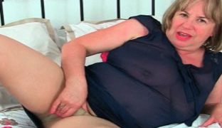 Grossmutter Porno mit zwei Omas