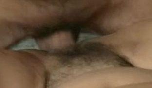 Haarige Muschi im Grannyporno