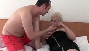 Blowjob heiße alte arbeit sextreffen reinemachen enge fur.