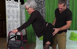 Perverse Oma Porno