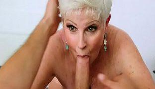 Pornos mit alten Frauen sind geil