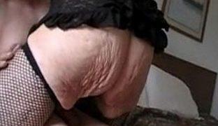 Faltiger Arsch von hinten gefickt
