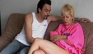 Harter Sex für Amateur Oma