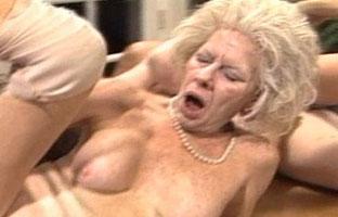 Hässliche Oma
