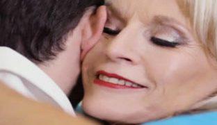 Krankenschwester Porno mit 80 jähriger
