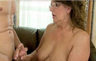 Porn Oma