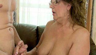 Geiler neuer Oma Porno