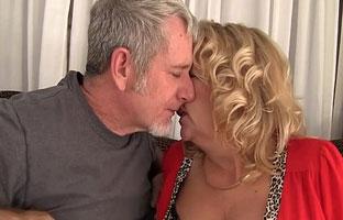 Heißer Sex Oma Porno
