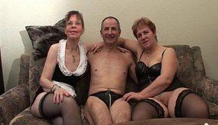 Dreier Flotter Alt Creampie Reif Altes Ehepaar